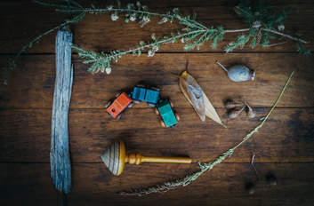 Playthings: toys sourced from friends or from nature.